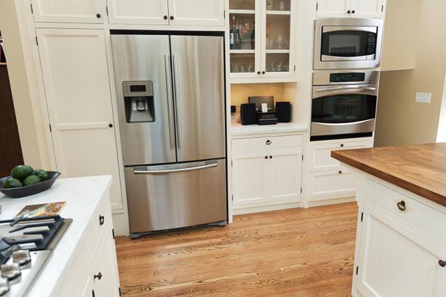 Kylskåp med två frysar